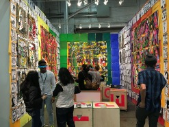 Tiwani Contemporary booth